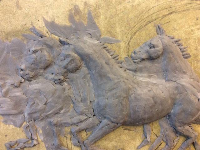horses-on-gold-background